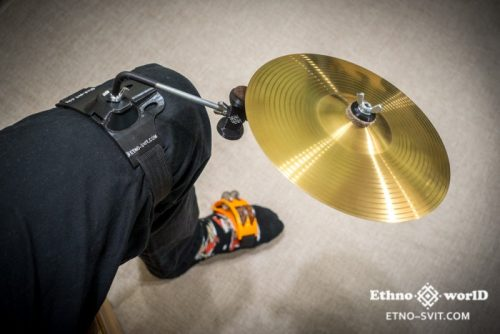 Стійка (кріплення) для барабанних тарілок на ногу